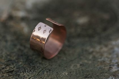 Wide copper ring // Handstamped leaf pattern // Adjustable // READY TO SHIP (specific sizes)