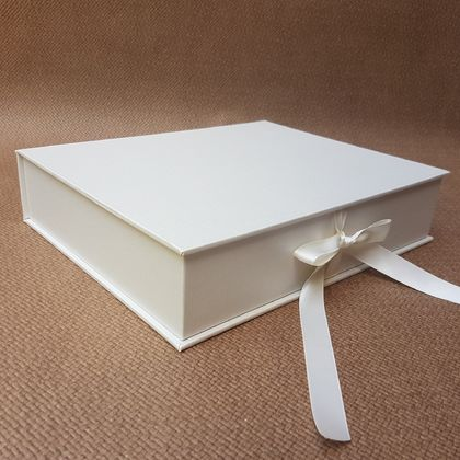 Pearl Keepsake Box / Photo Box (Lipped)