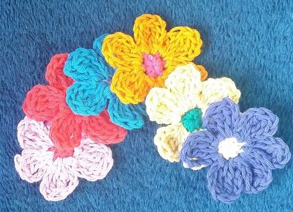 Cute Flowers for your Craft work x 12