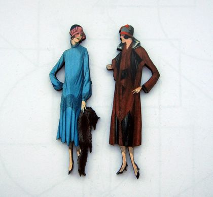 1930's flapper fashion  - woodcut magnet duo