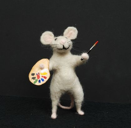 Needle felted mouse - Artist
