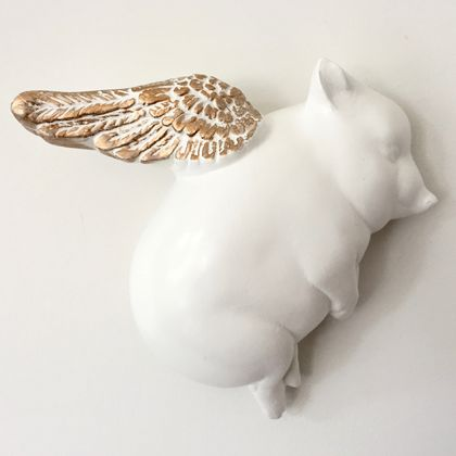 Oink Flying Pig - White & Gold