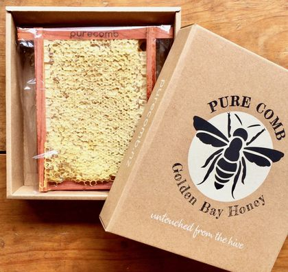 Comb Honey 500g in gift box