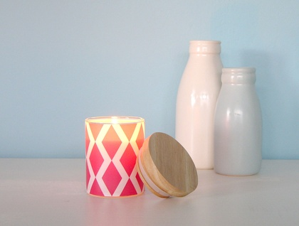 Decal votive scented soy candle with wooden lid