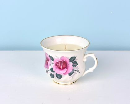 French pear scented soy teacup candle
